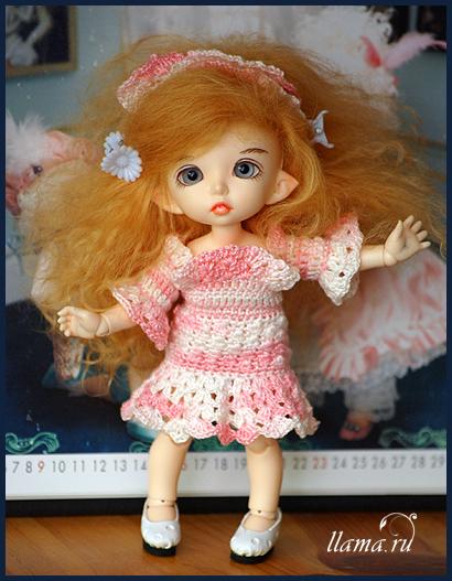 Эля в новом платье