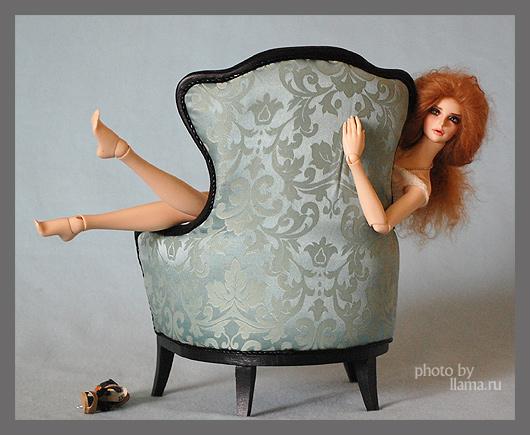 Фиона и кресло