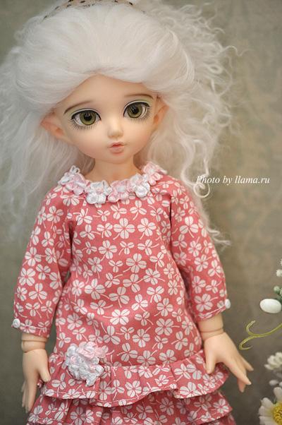 Шайна в новом платье