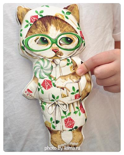 Кошка-игрушка